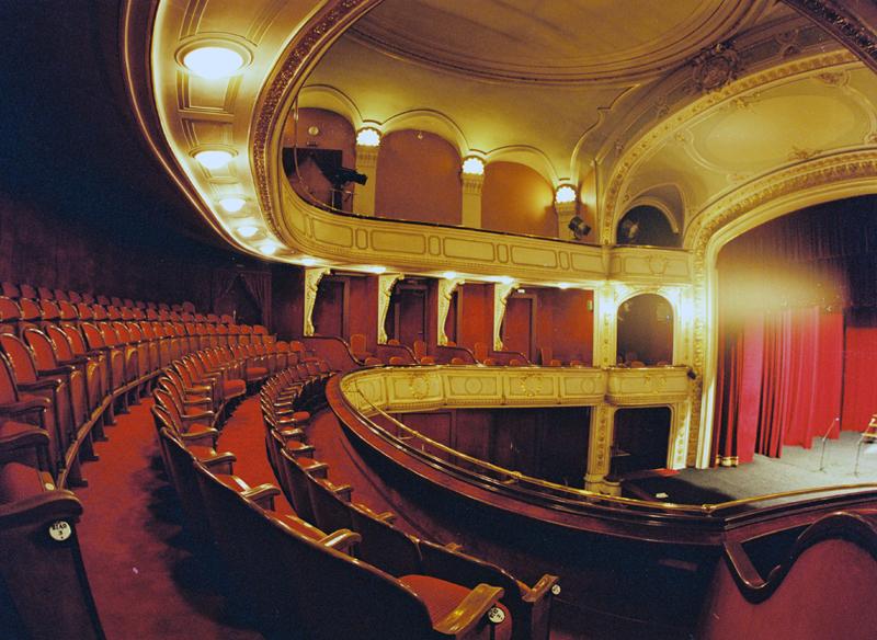 Wnętrze teatru w Cieszynie - kręcono tu sceny Ziemi Obiecanej Andrzeja Wajdy