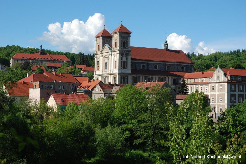 Bazylika Mniejsza wraz z Klasztorem - fot. Norbert Kochanek